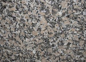 Crema Julia Spanien | Gesteinsart: Magmatit | Untergruppe: Biotitgranit | Herkunft: Spanien | Alter: 400 Mill. Jahre